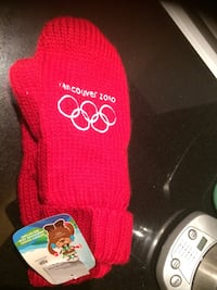 NEW Olympic Mitts 2010 Toronto, M5H