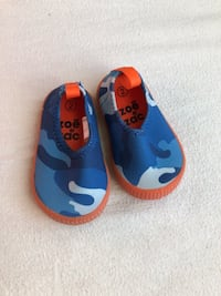 Brand new water shoes baby size 2 Markham, L3R 2N4