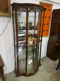 glass display cabinet  Brampton, L6X 0B3
