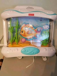 Fisher price crib soother Laval, H7K