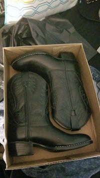 Black kids cowboy boots . Brand new. Size: 1.0 Germantown, 20874