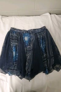 Maurice's Skirt (size large) Indianapolis, 46227