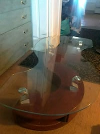 white and black glass top table Colorado Springs, 80909