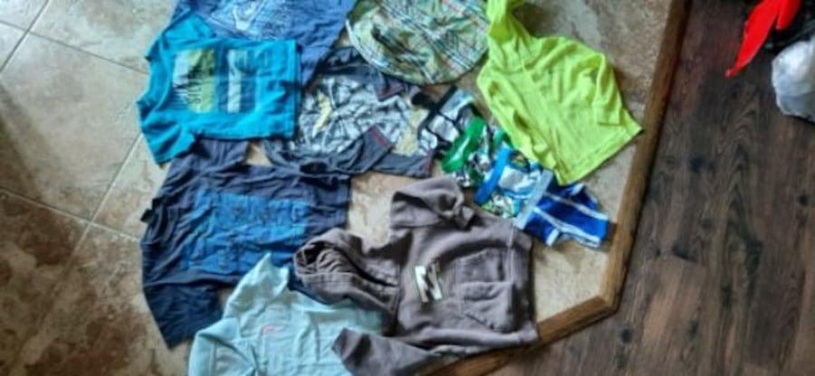 Kids Clothes.  Boys & Girls.  All sizes up to teens. 9