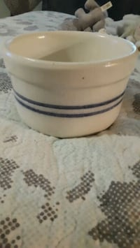 Vintage pottery marked MP Pacolet, 29372