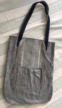 Wool bag for lady 多伦多, M6H 3T7