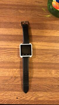 Silver aluminum case smart watch with black leather band Tucson, 85706