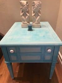 Beautiful Baby blue vintage sidetable London, N6C 5B3