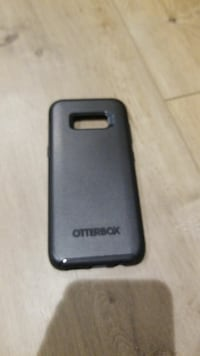 Samsung S8 Otter box Symmetry case