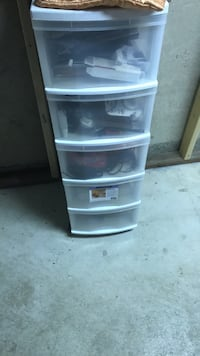 Plastic containers great condition  Vaughan, L4L 3J4