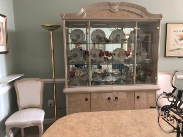 Beautiful dining set 1
