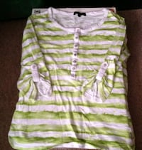 Girls Small 10-12 Green White 3/4 Sleeve Top