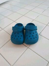 Size 6 Crocs District Heights, 20747