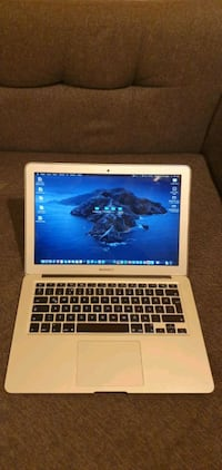 Macbook air early 2015 İ5 4gb Ram 127 gb ssd