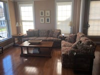 brown and white living room set Dunn Loring, 22027