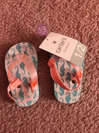 pair of white-teal-peach Carter's rubber flip flops Centreville, 20121