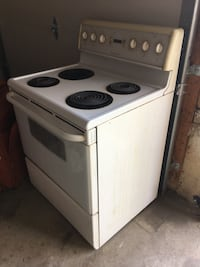 Cooking stove (working condition) Brampton, L6Z 3Z5