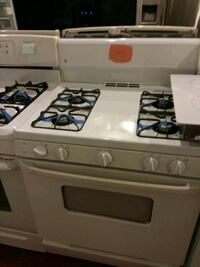 Ge stove gas excellent condition 4months warranty  Halethorpe, 21227