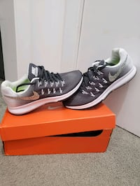 pair of black-and-gray Nike running shoes Virginia Beach, 23462