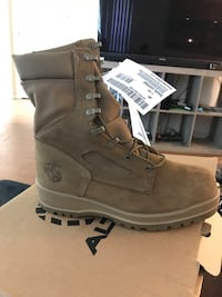 pair of brown Timberland work boots Jacksonville, 28543