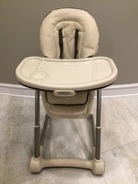 Graco High Chair and Buste Vaughan, L4H 2K6