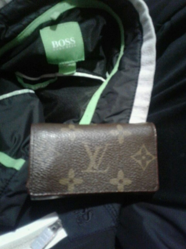 fe0ab3e7d9d158 Used authentic Louis vuitton wallet for sale in Calgary - letgo