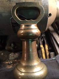 Brass weight, solid, excellent condition. Newton