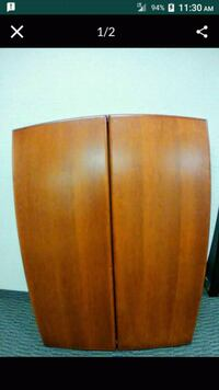 7 to sell. Executive Boards. Walnut color. Real wood, very heavy.