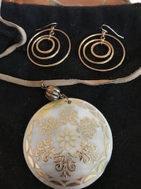 Gold Necklace & Earrings  Methuen, 01844