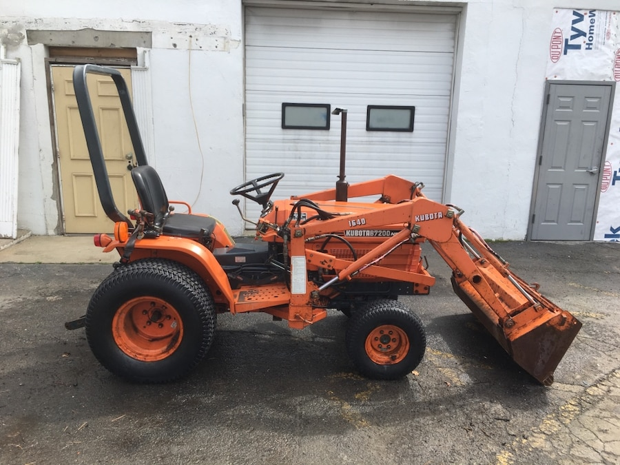 Uses Of Four Wheel Tractor : Used kubota b wheel drive diesel tractor with front
