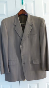 Jones New York Dark Beige striped Mens Suit Size 4 Olney