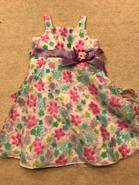 Beautiful toddler 4T dress