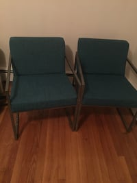 Pair of Metal Frame Green Relaxing Arm Chair