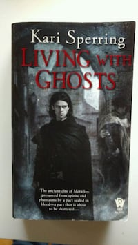 URGENTE Libro Living with ghosts Madrid, 28050