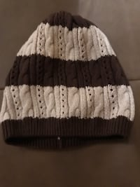Beanie hat-girl's medium old navy Vaughan, L4H 2W7