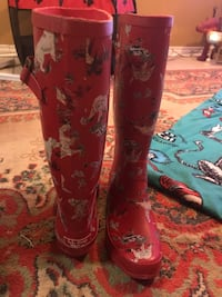 LL Bean rain boots size 8  Like new! Weston and Lawrence pick up! Toronto, M9N 0A6