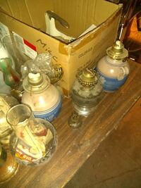 LOT of lamps and shades New Britain