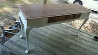 Distressed foyer/sofa table
