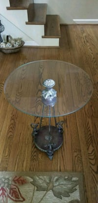 Metal & glass side table Fairfax, 22033