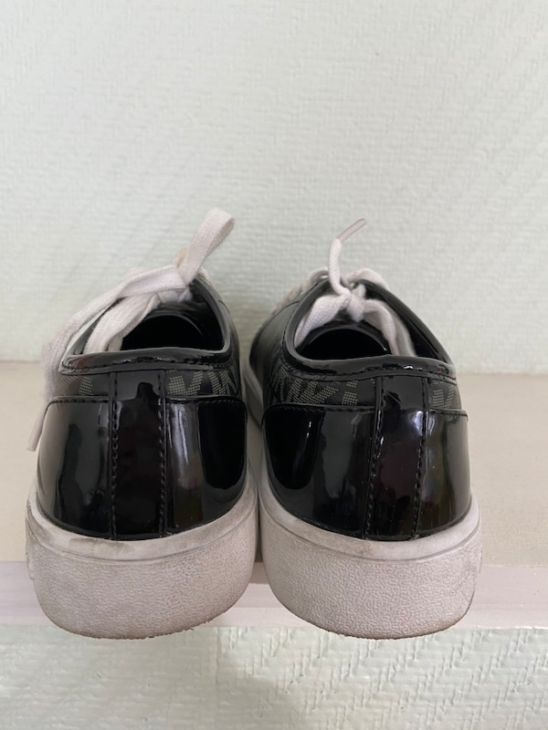 Michael Kors sneakers str. 33 2