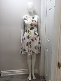 women's white and pink floral dress Toronto, M2M 3W2