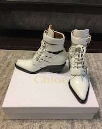 Chloe Riley White Ankle Boots Toronto, M4W 1A9
