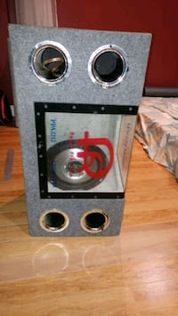 Bass band box with 2 12in Phoenix gold woofer Brampton, L7A 2Z7
