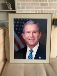 Framed Photo of Former President Bush Washington, 20019