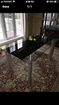 Glass dining table Kitchener