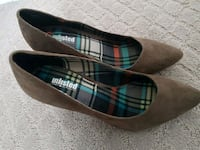 Kenneth Cole Pumps, Size 7 Port Coquitlam, V3C 1R2