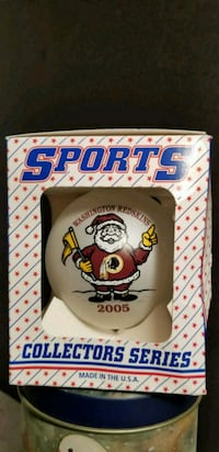 Washington Redskins Santa Ornament 2005 Collector  43 mi
