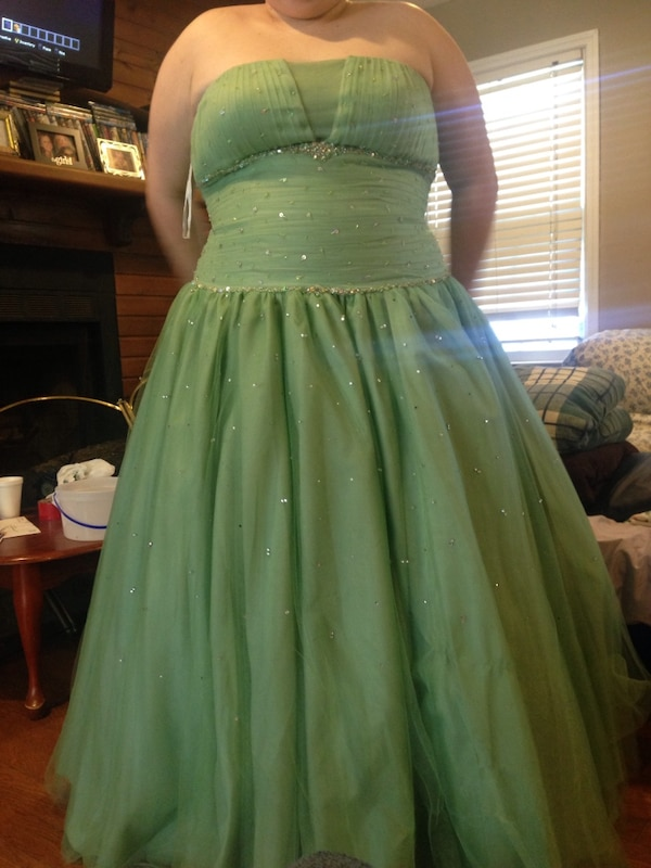 Used Prom Dress For Sale In Hazel Green Letgo