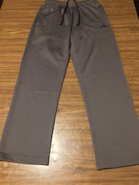 Large dark grey sweatpants London, N6H 1S1