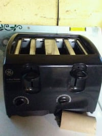 GE 4-slice toaster Chicago, 60652